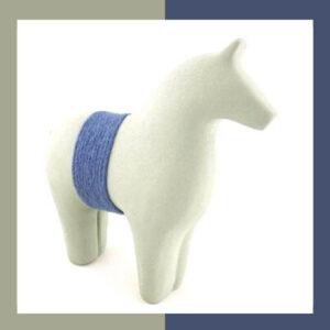 مجسمه اسب دستساز