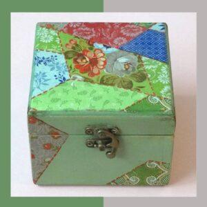 جعبه دستساز چوبی